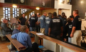 120909 - commissioning new Street Pastors (4)